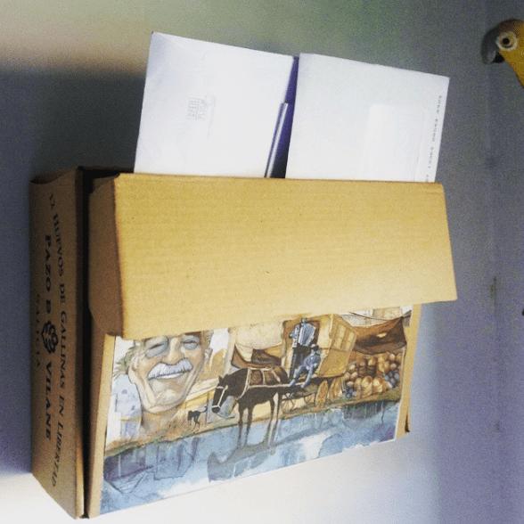 Crea un buzón con la caja de huevos camperos Pazo de Vilane