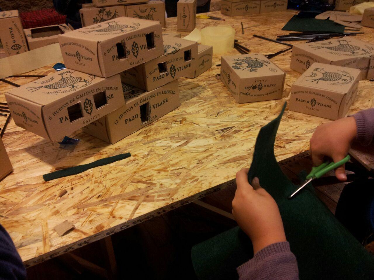 Una ciudad construida con cajas de huevo campero Pazo de Vilane