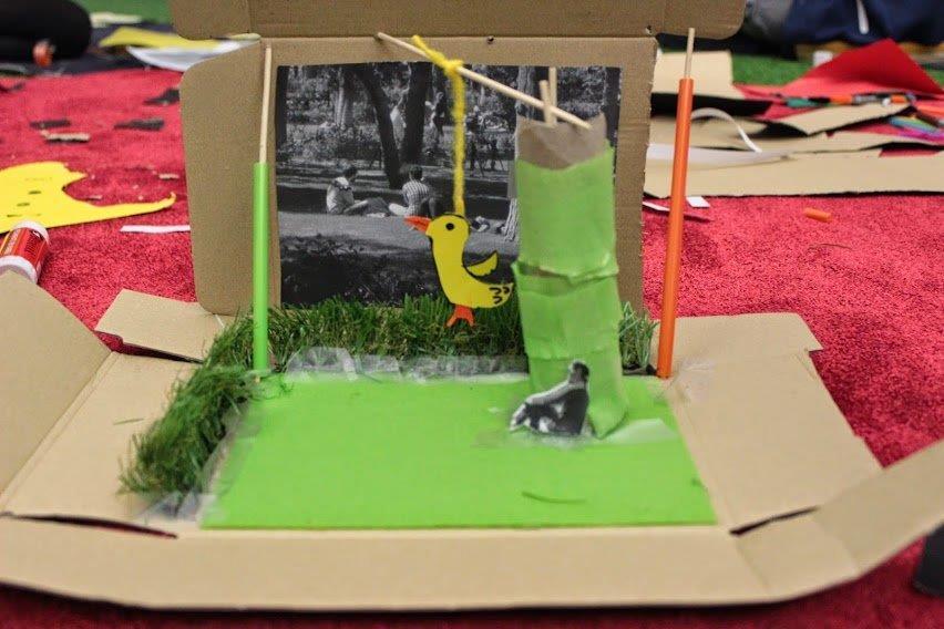 Las cajas de huevos camperos Pazo de Vilane se convierten en maquetas de pequeños arquitectos