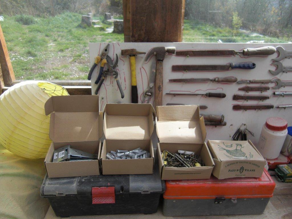 La caja de huevos camperos Pazo de Vilane se transforma en una caja de herramientas