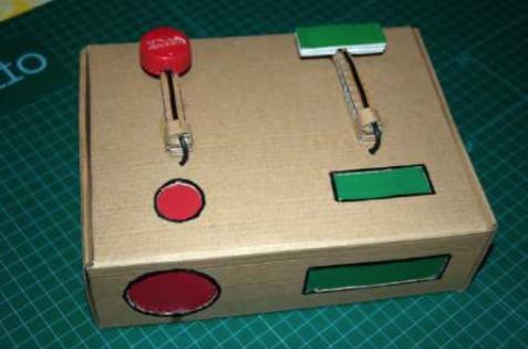 La caja de huevo campero Pazo de Vilane se transforma en un telégrafo de luz