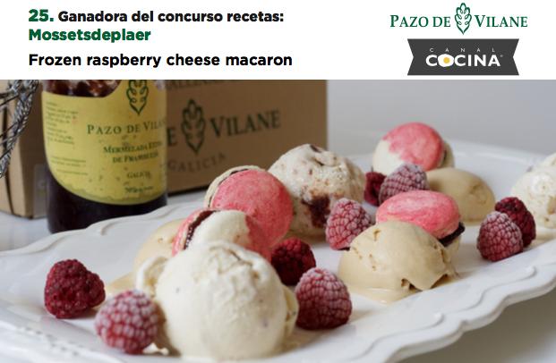 Frozen raspberry cheese macaron