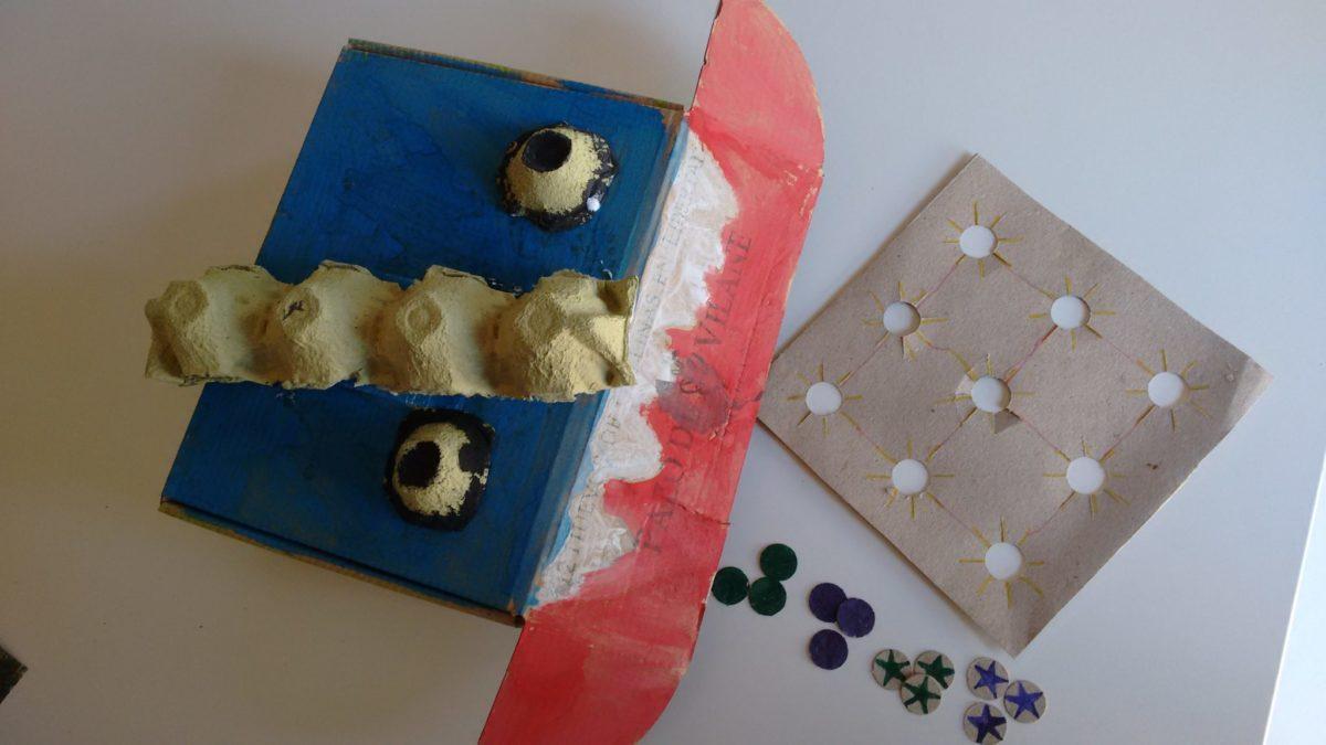 Crea el juego Tres en raya con la caja de huevos camperos Pazo de Vilane
