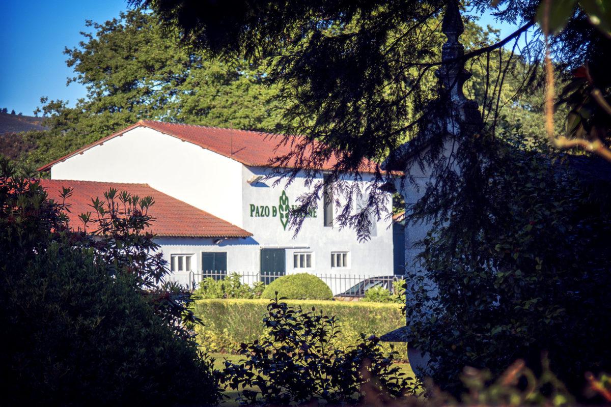 Pazo de Vilane es una empresa familiar que nace en el rural gallego hace más de veinte años