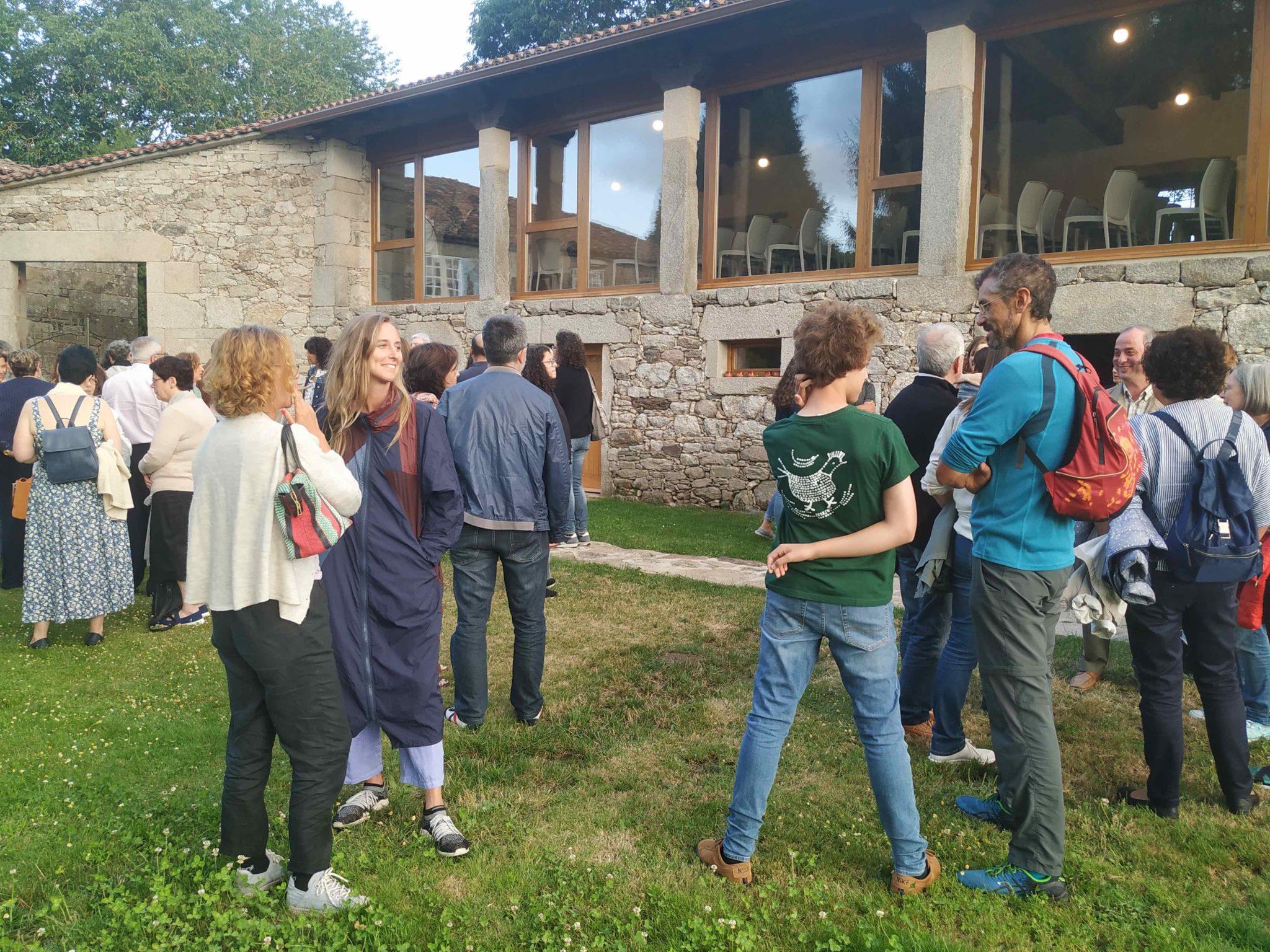 Visitantes en Pazo de Vilane, productora de huevos camperos de Pazo