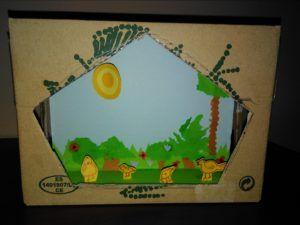 El teatro y las cajas de huevos camperos Pazo de Vilane