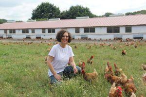 Piedad explica los cuatro sistemas de producción de huevos que existen en España