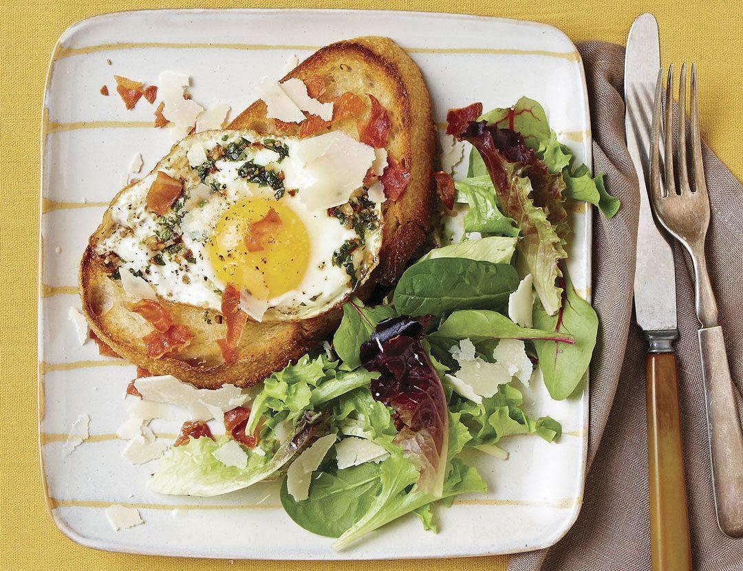 Un desayuno con huevo campero