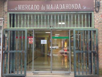 Mercado de Majadahonda, en la pollería de Manuel Álvaro,