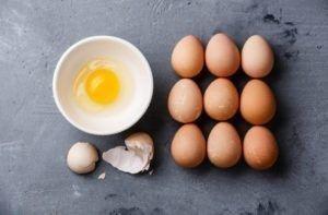 ¿Cómo se clasifican los huevos de gallina?