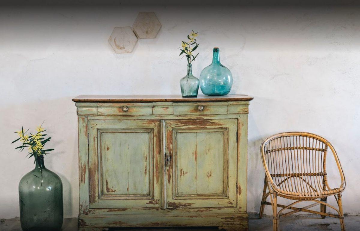 Muebles de A factoría Atelier, uno de los proyectos de mujeres emprendedoras del Concurso Pazo de Vilane 2019